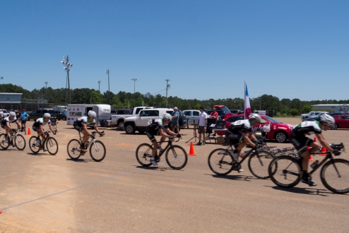 Cat 1/2/3 guys raced for 90 minutes in the Mississippi sun.